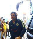 """Guillermo """"Memo"""" Ochoa a su llegada al hotel en la zona 10 capitalina. (Foto Prensa Libre: Luis López)."""