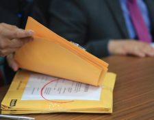 La Contraloría General de Cuentas (CGC) recomendó a los directivos actuales del Inde no firmar contratos sobre temas de gas. (Foto Prensa Libre: Hemeroteca)