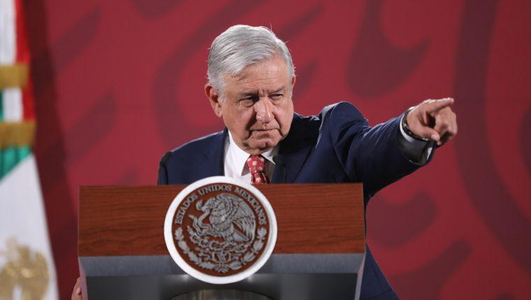 Manuel López OObrador culpa al neoliberalismo por los femicidios en México. (Foto Prensa Libre: EFE)