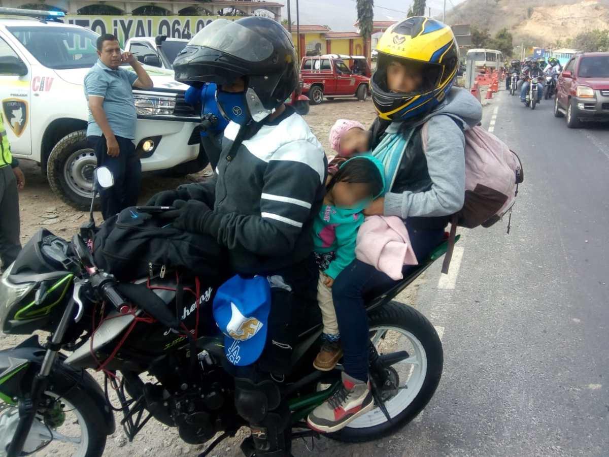 Motoristas acompañados de niños son detenidos en la Caravana del Zorro