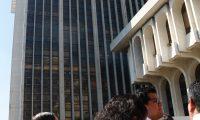 Se realizo el simulacro en Torres de Tribunales, en conmemoraci—n del terremoto del 4 de febrero de 1976.  FOTOGRAFêA: FERNANDO CABRERA