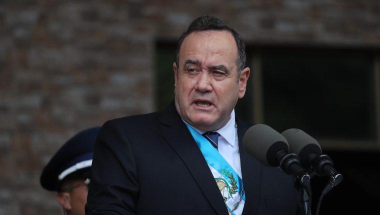 El presidente Alejandro Giammattei manifestó que respetará las ternas para gobernador que envíe sociedad civil. (Foto Prensa Libre: Hemeroteca PL)