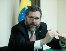 Ernesto Araujo, ministro de Relaciones Exteriores de Brasil habló del interés comercial y en inversiones hacia Guatemala, durante su visita al país. (Foto, Prensa Libre: Esbin García).   Fotograf'a  Esbin Garcia  18-02-2020