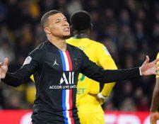 Aparentemente Kylian Mbappé ya no está contento en el París Saint-Germain, según medios internacionales. (Foto Prensa Libre: EFE)