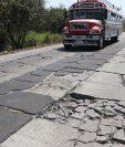 Sectores de la autopista Puerto Quetzal están completamente intransitables. (Foto Prensa Libre: Carlos Paredes)
