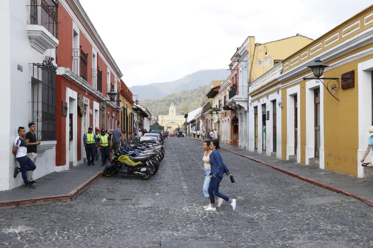 Bares y discotecas de Antigua Guatemala no podrán abrir el Jueves y Viernes Santo