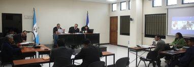 El juicio se realiza en el Tribunal de Mayor Riesgo de Quetzaltenango, en los próximos días se tienen programadas más audiencias. (Foto Prensa Libre: María Longo)