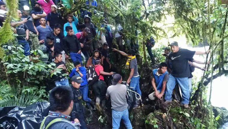 La comunidad en Santa Cruz Barillas, Huehuetenango pide acciones para detener la violencia. En la foto, el área donde encontraron dos cuerpos con la cabeza cercenada. (Foto, Prensa Libre: Colaboración).