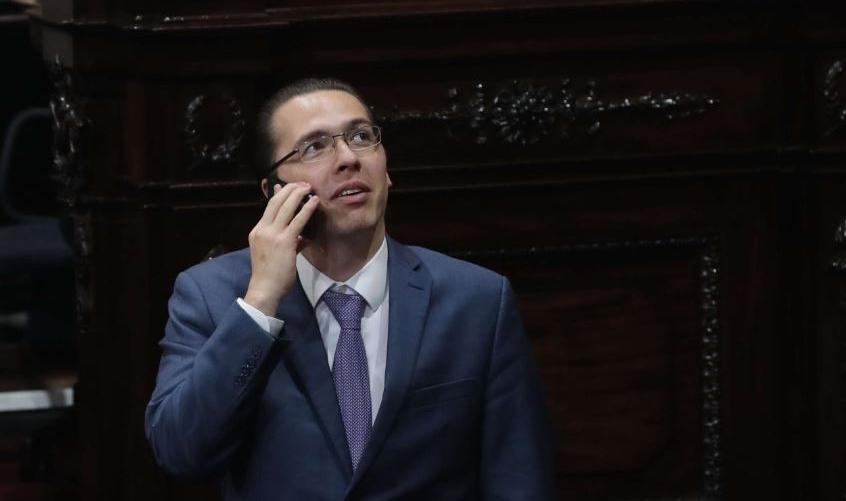 Juan Francisco Sandoval, Jefe de la Feci, presenta denuncia contra diputado Felipe Alejos