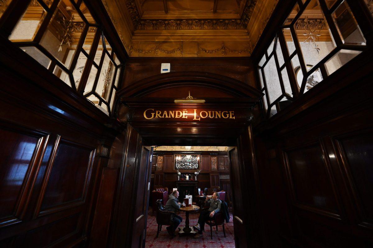 El bar de los Beatles en Liverpool es reconocido como monumento histórico