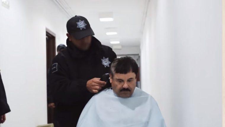 Una de las imágenes inéditas del Chapo tras su recaptura. (Captura de YouTube)