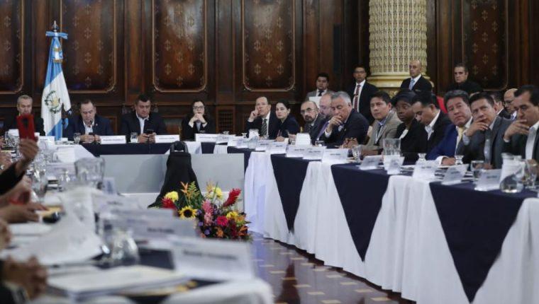 El presidente Alejandro Giammattei en la reunión del Conadur. (Foto Prensa Libre: Esbin García)