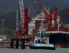 Los puertos del Atlántico guatemalteco transportaron 11.4 millones de toneladas métricas de carga en el 2019, según las estadísticas de la Comisión Portuaria Nacional. (Foto Prensa Libre: Dony Stewart)