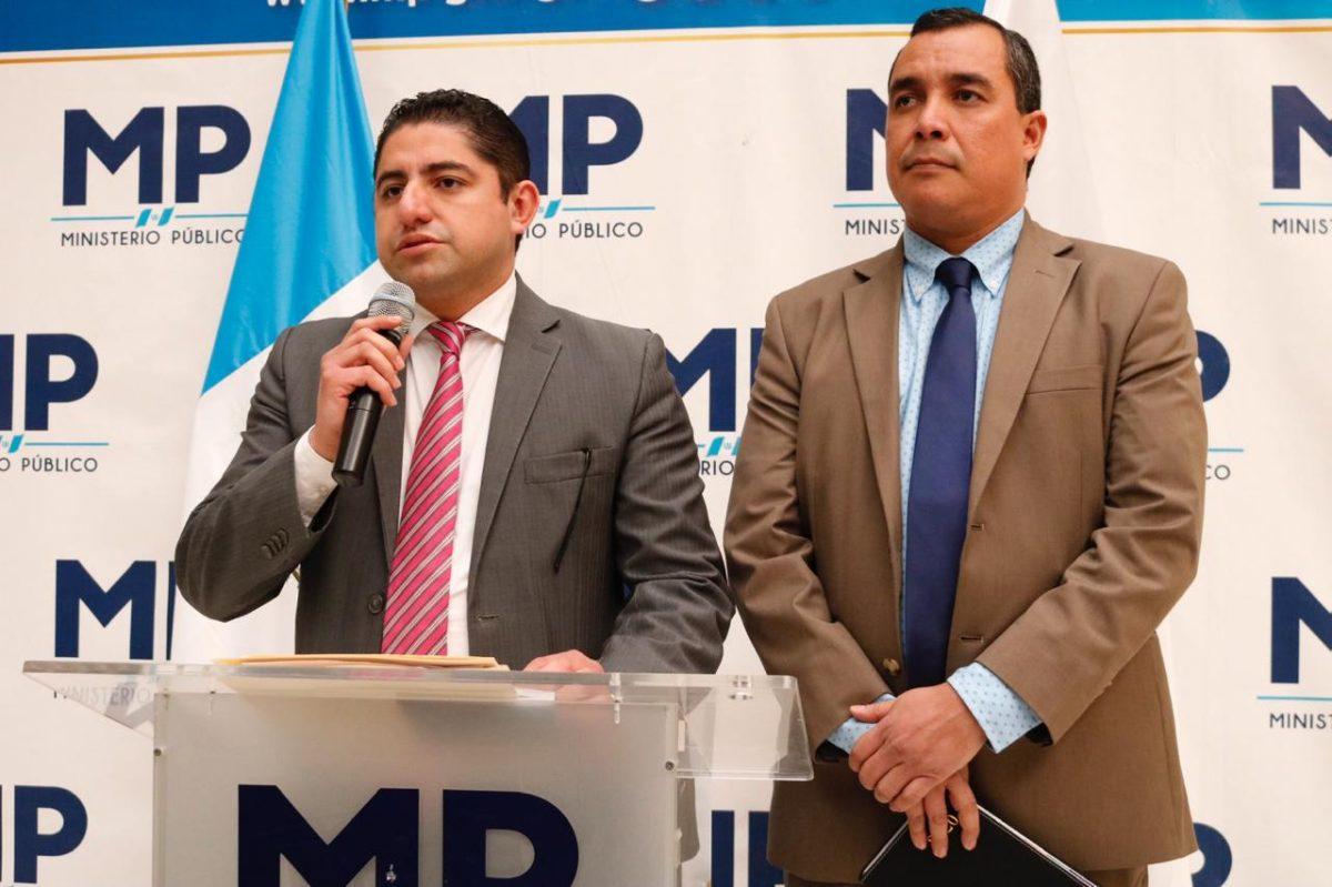 Juez cita a esposa de Jimmy Morales por contrato anómalo en el Ministerio de Salud