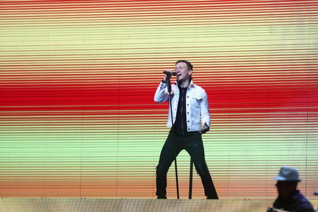 """""""Entre mi vida y la tuya"""" y """"Enrédame"""", también fueron temas que Fonseca cantó para los guatemaltecos. (Foto Prensa Libre: Keneth Cruz)"""