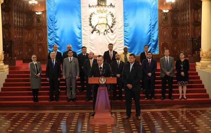 El presidente Alejandro Giammattei durante la conferencia de prensa. (Foto Prensa Libre: Presidencia).