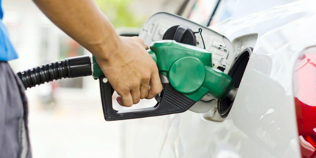 Gasolina podría bajar hasta Q3 por galón si sigue tendencia del petróleo