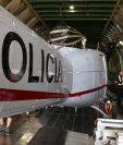 Estos helicópteros fueron donados por el gobierno de Estados Unidos y tienen un valor de US$11 millones. (Foto Prensa Libre: PNC)