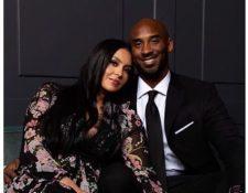 Vanessa y Kobe Bryant tenían una historia de 20 años desde el día que se conocieron hasta el momento en que junto tenían una familia con cuatro hijas. (Foto Prensa Libre: Vanessa Bryant /Instagram)