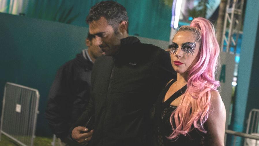 ¿Quién es y a qué se dedica el nuevo novio de Lady Gaga?