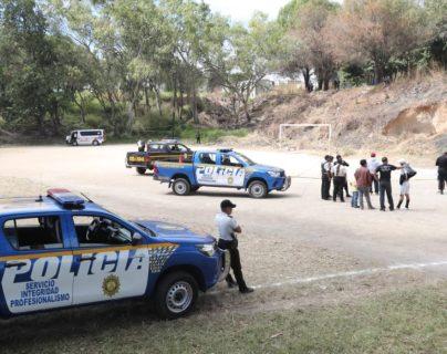 El campo de la zona 21 en donde quedaron dos jóvenes muertos. (Foto Prensa Libre: Érick Ávila)