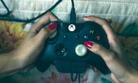 Existen varios videojuegos que se pueden jugar en familia para aprovechar y pasar un buen tiempo. (Foto Prensa Libre: servicios)