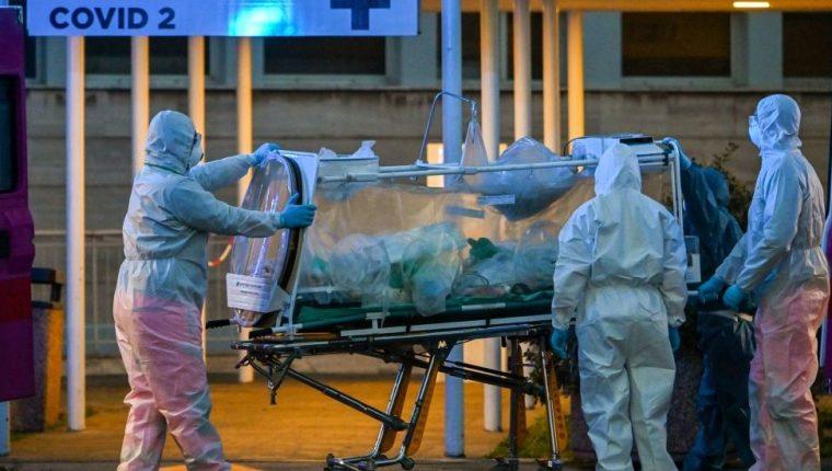 Italia alcanzó este viernes un nuevo record al registrar 627 muertos por coronavirus en un día