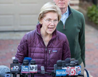 La senadora Elizabeth Warren mostró su preocupación por el incidente y pidió una investigación idependiente. Foto Prensa Libre: AFP