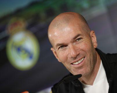 El entrenador francés del Real Madrid, Zinedine Zidane dice que se preocupa por educar bien a sus hijos. (Foto Prensa Libre: EFE)
