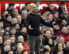 El técnico español Pep Guardiola no está de acuerdo que se juegue sin público. (Foto Prensa Libre: EFE)
