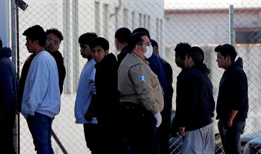 Riesgo de ingreso de coronavirus en vuelos de deportados es inminente