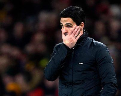 Mikel Arteta, entrenador del Arsenal dio positivo en coronavirus y, a consecuencia, todo el equipo será sometido a aislamiento. (Foto Prensa Libre: EFE)