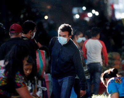 El presidente Alejandro Giammattei declaró estado de Calamidad para agilizar la atención a potenciales víctimas del covid-19. (Foto Prensa Libre: EFE)