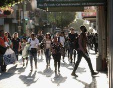 El desempleo aumentará según las estimaciones de los economistas. (Foto Prensa Libre: EFE)
