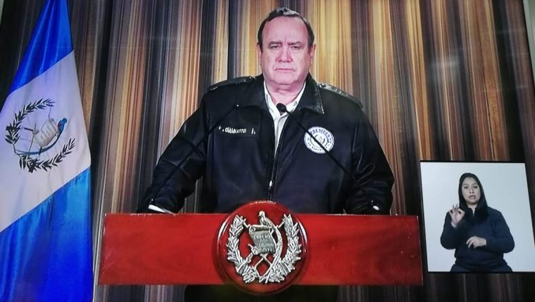 Presidente Alejandro Giammattei.