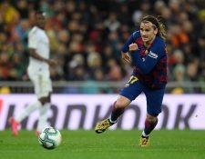 Antoine Griezmann es una de las cartas del Barcelona en la ofensiva. (Foto Prensa Libre: AFP)