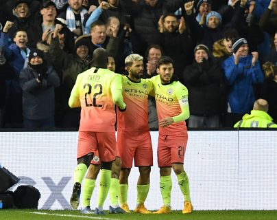 Manchester City avanzó gracias al Kun Agüero. (Foto Prensa Libre: AFP )