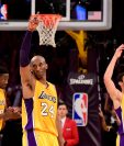 Kobe Bryant el #24 de los  Los Angeles Lakers es elegid para el Salón de la Fama de la NBA. (Foto Prensa Libre: AFP)