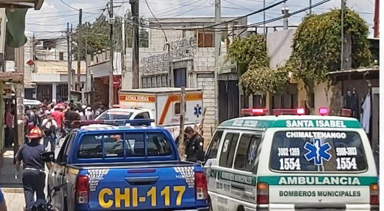 Ataque armado en venta de ropa usada deja dos muertos y un herido