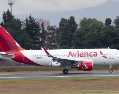 Avianca dijo que espera retomar de forma paulatina sus vuelos nacionales el día 13 de abril y los internacionales a partir del 1 de mayo. (Foto Prensa Libre: Forbes)