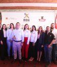 Representantes de las empresas que patrocinan el BBQ Challenge y representantes del Club Rotario. Foto Prensa Libre: Norvin Mendoza