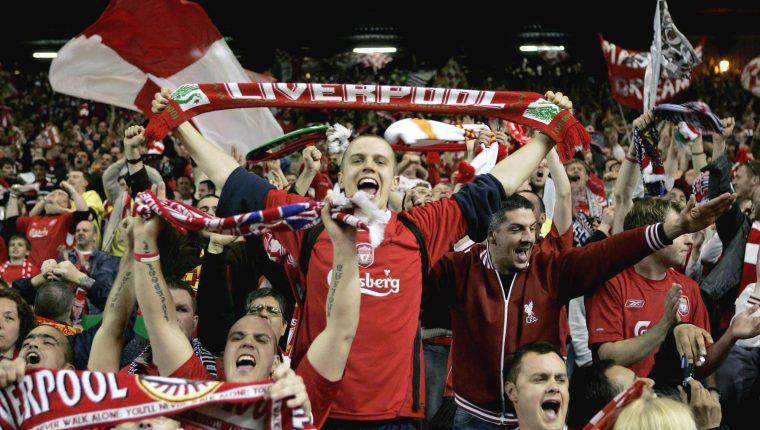 'You'll never walk alone' es una de las canciones más conocidas en el mundo del futbol. (Foto Prensa Libre: Hemeroteca PL)