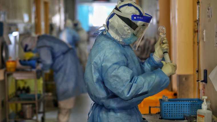 El coronavirus ha llegado a tres países de Centroamérica hasta este miércoles 11 de marzo de 2020. (Foto Prensa Libre:  AFP)