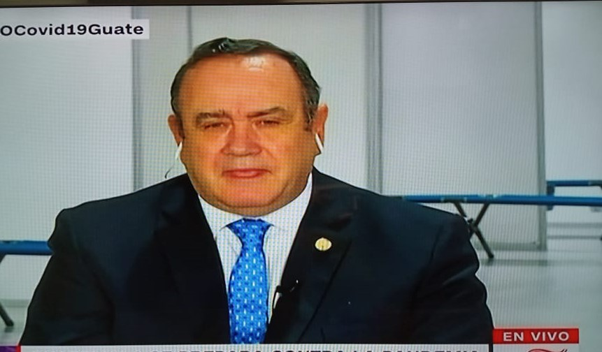 Presidente Giammattei cierra el día con 8 casos confirmados de coronavirus en Guatemala