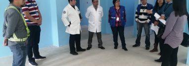 El edificio para el área de maternidad en el HRO se encuentra a la par del ingreso a la emergencia y sería el lugar utilizado para pacientes con Covid-19. (Foto Prensa Libre: María Longo)