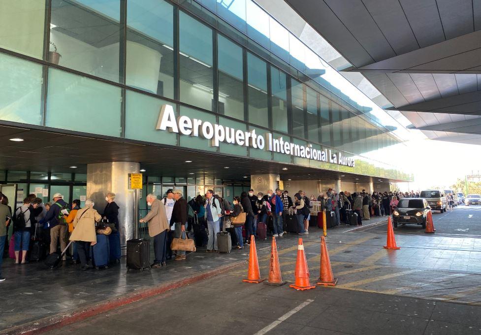 Coronavirus: ciudadanos estadounidenses comienzan a retornar a su país desde Guatemala
