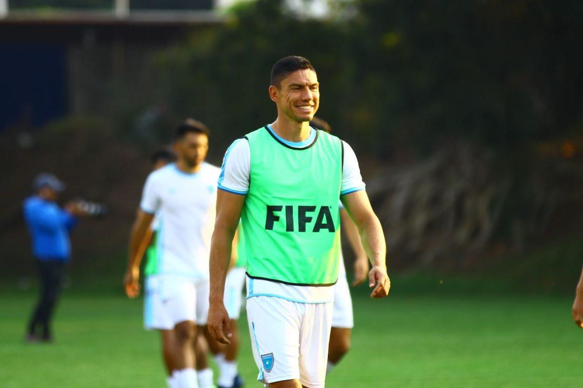 """Carlos Gallardo: """"Tenemos que tener la posesión del balón para contrarrestar a los panameños"""""""