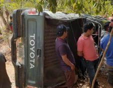 Entre los heridos hay cuatro niños que fueron trasladados al Hospital Nacional de Quiché. (Foto Prensa Libre: Héctor Cordero)