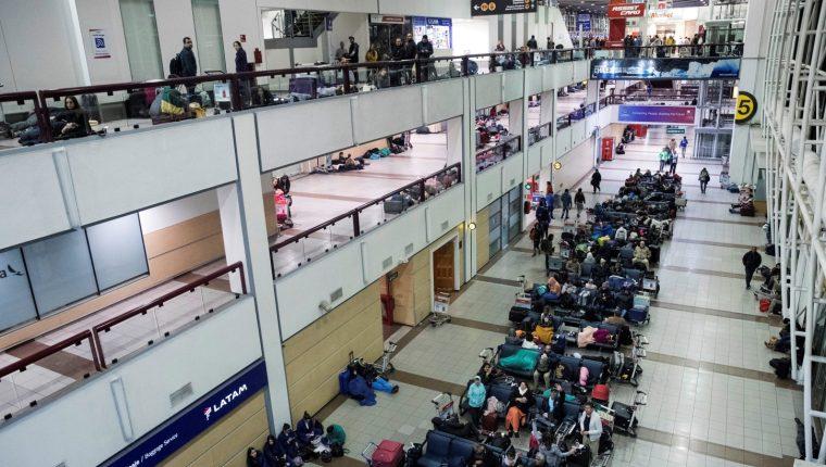 La seguridad en el aeropuerto internacional de Santiago es cuestionada. (Foto: AFP)