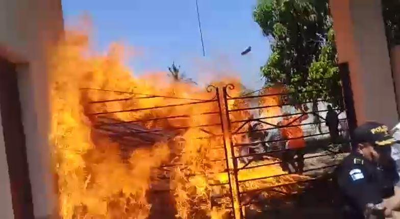 Video: así ocurrió desalojo en un terreno en Puerto San José